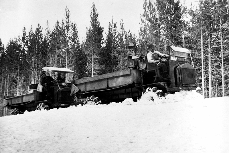 Snow plowing operation in Yellowstone